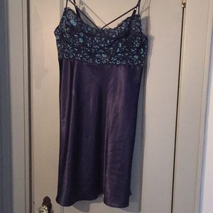 Silky navy blue nightie with lace top 14/16